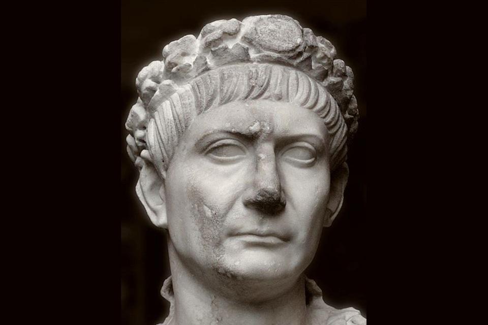 cisár Trajan