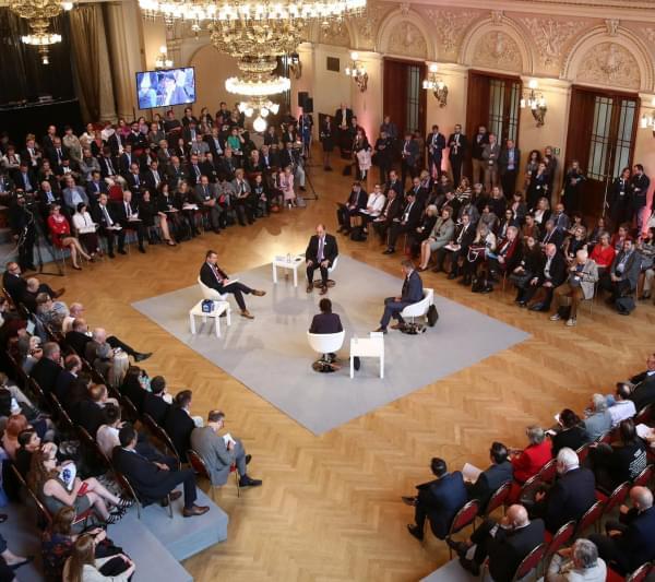 Forum 2000 Prague
